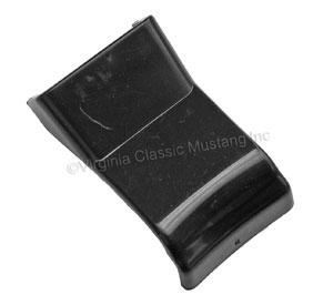 70-73 GAP COVER FOR RIM BLOW HORN SWITCH