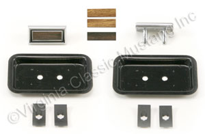 69-70 DELUXE SEAT BUTTONS-PAIR (WOODGRAIN)