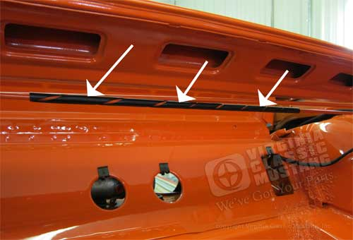 65-68 TRUNK TENSION ROD ANTI-RATTLE RUBBER COUPE AND CONVERTIBLE