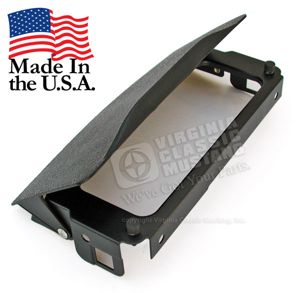 69-70 CONSOLE FRONT ASHTRAY LID/HOLDER ASSEMBLY