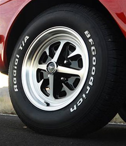 15 x 6 cast aluminum magnum 400 wheel and tire package with 215 60 x