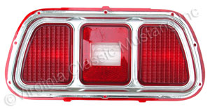 71-73 TAIL LIGHT LENS AND BEZEL ASSEMBLY